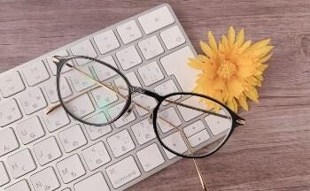 Webプログラマーの求人を探す